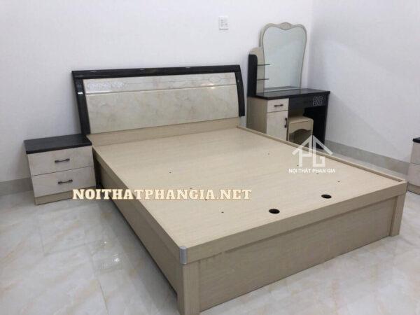 combo phòng ngủ tủ quần áo 2094 tphcm