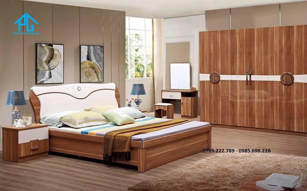 đóng giường gỗ tự nhiên uy tín;