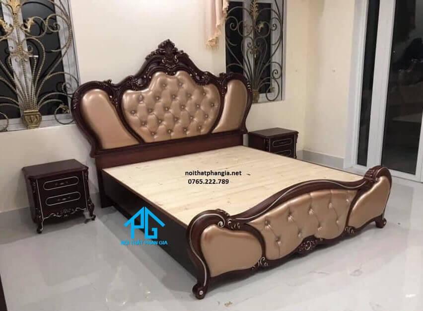 review giường ngủ gỗ hương;