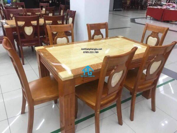 bộ bàn ăn mặt đá 6 ghế đẹp vàng