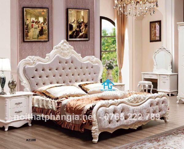 giường gỗ sồi cổ điển