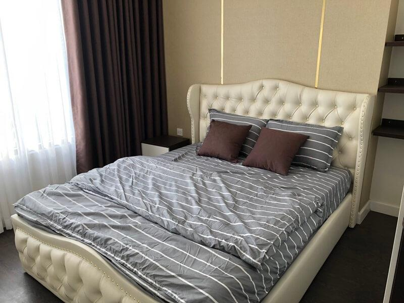 giường không chân tân cổ điển