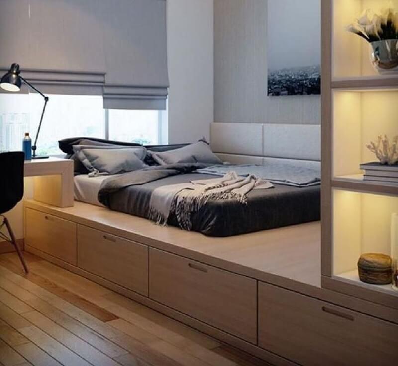thiết kế phòng ngủ với đệm kết hợp sàn và tủ lưu trữ thồng minh