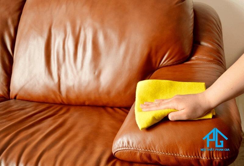 cách làm sạch sofa da tại hà nội