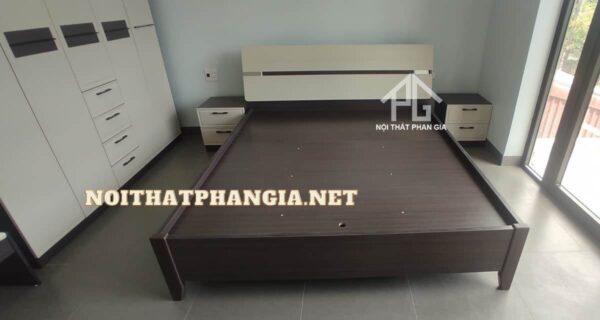 giường tủ bàn phấn B2001ZTT