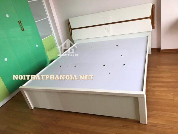 giường tủ nhập khẩu 9831C