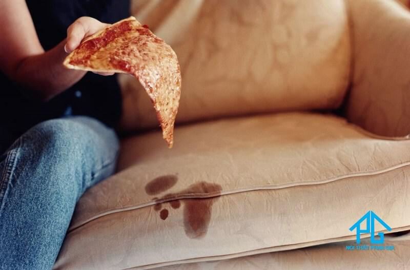 nguyên nhân làm bẩn ghế sofa