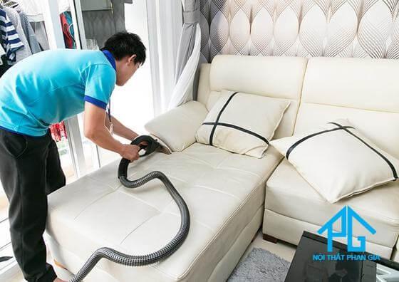 vệ sinh sofa giá rẻ
