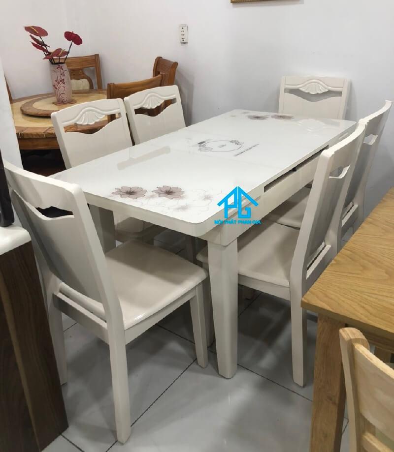 bộ bàn ăn mặt đá nhân tạo