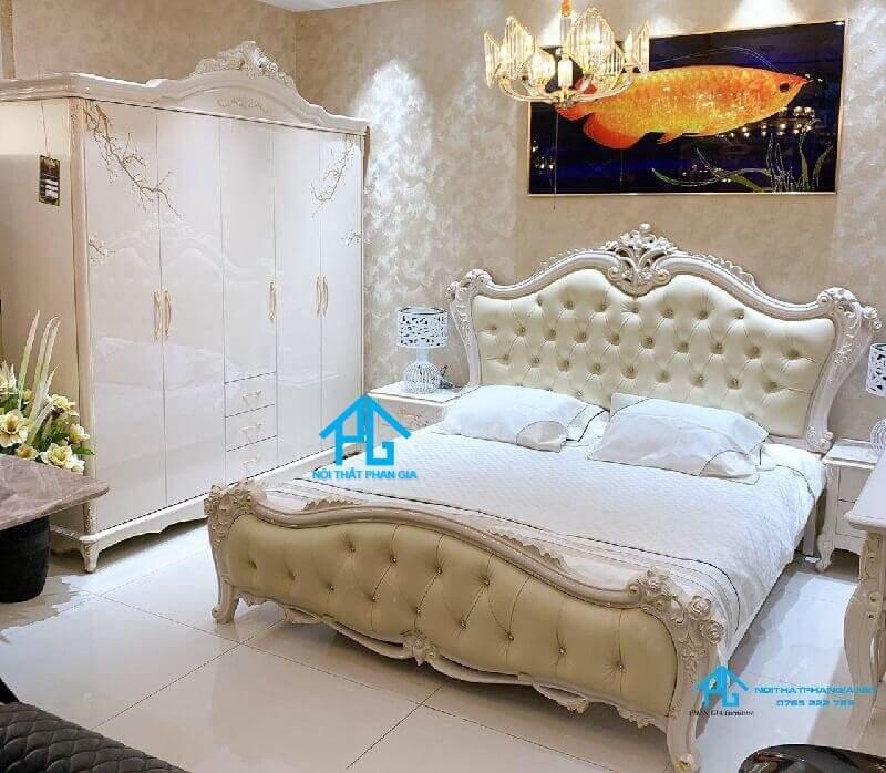 kinh nghiệm lựa chọn giường tân cổ điển;