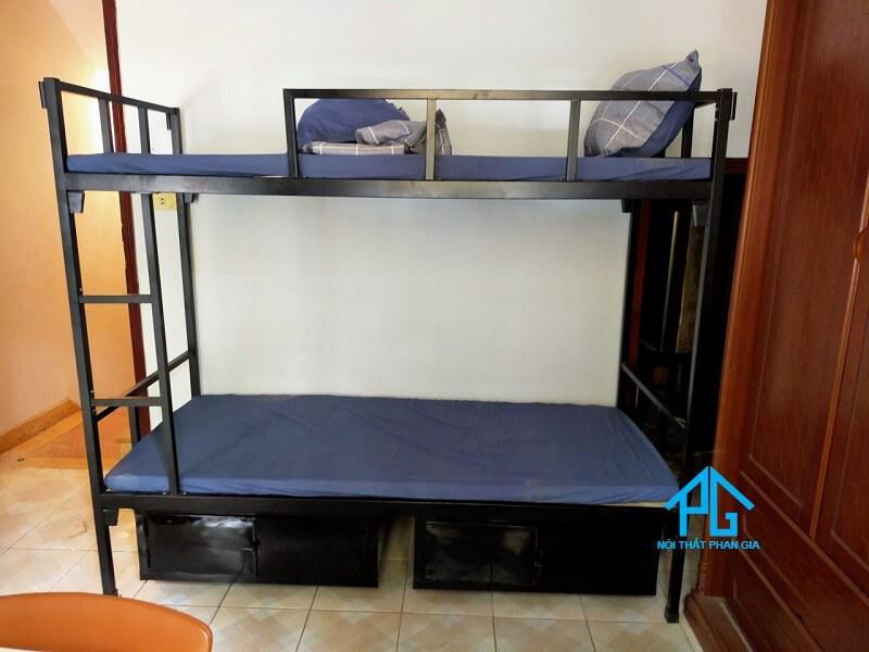 thanh lý giường tầng khung sắt