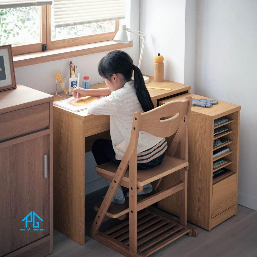 bàn học gỗ cho bé