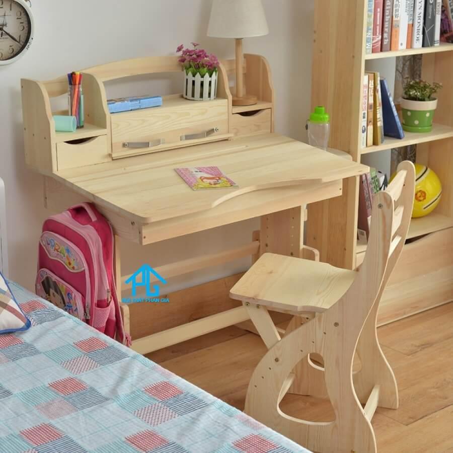 kích thước bàn học phù hợp cho bé