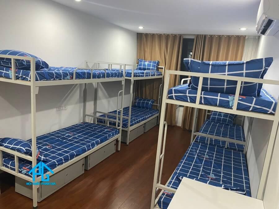 giường tầng sắt kèm hộc và bàn học