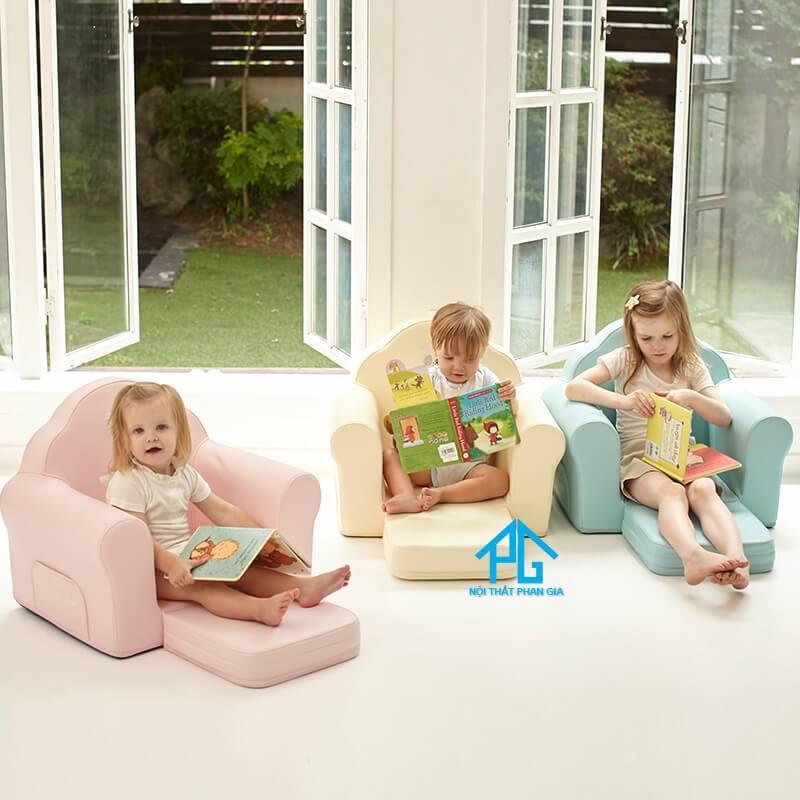 vì sao nên mua sofa mini cho trẻ