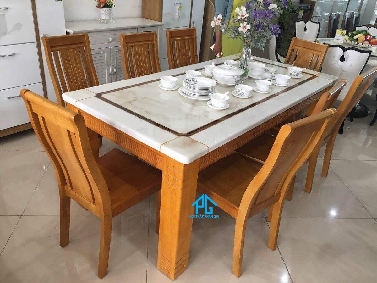 bàn ăn nhập khẩu gỗ công nghiệp tphcm đẹp