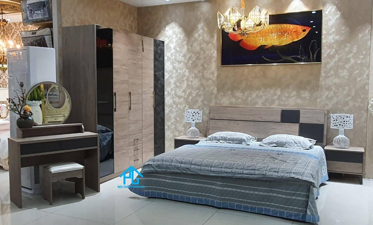trường phát giường gỗ sồi rạch giá;