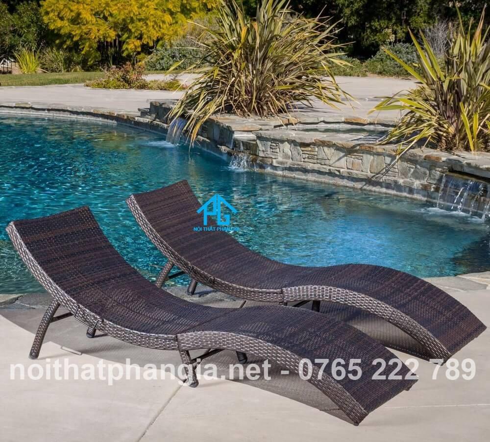 ghế tình yêu hồ bơi tự nhiên