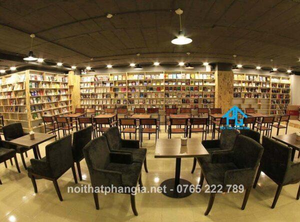 sofa cafe sách
