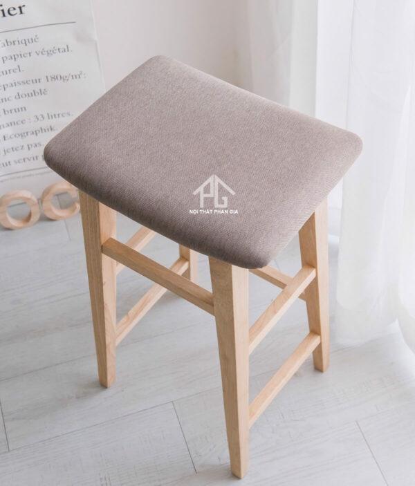 ghế đôn chân gỗ cao su